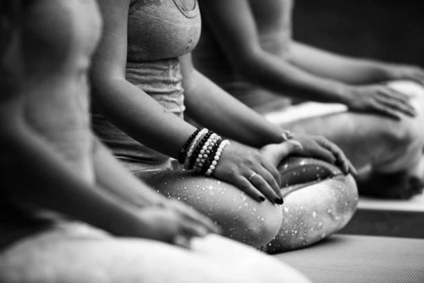 Rassemblement Ôm Yoga - Yogini Rebelle